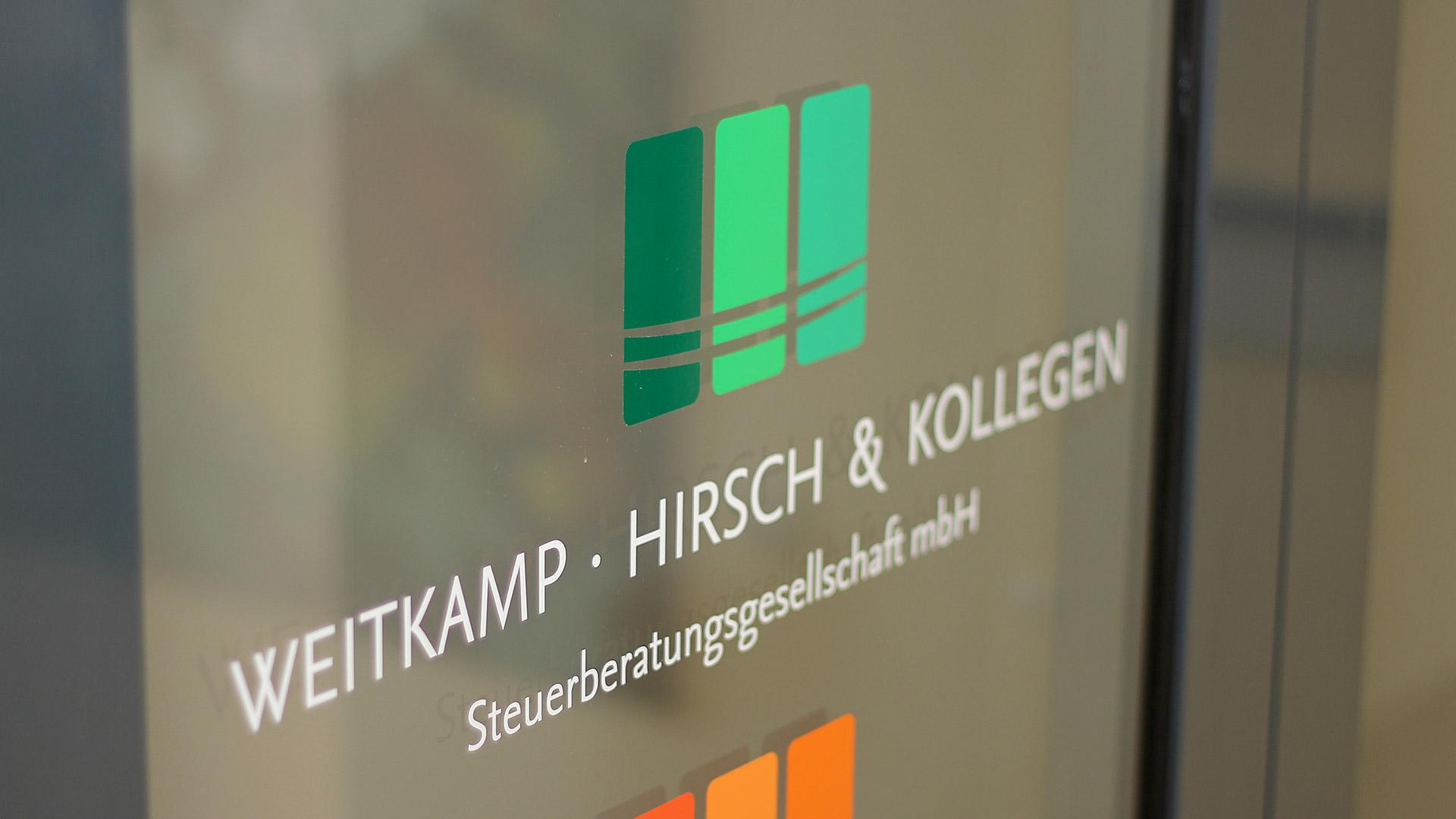 Eingang Logo Weitkamp Hirsch Kollegen Steuerberatungsgesellschaft mbh
